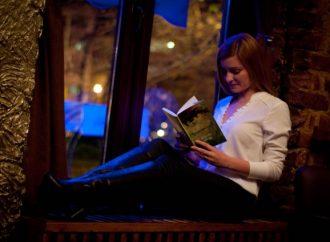Singura poveste pe care o putem citi de o mie de ori este povestea noastră!